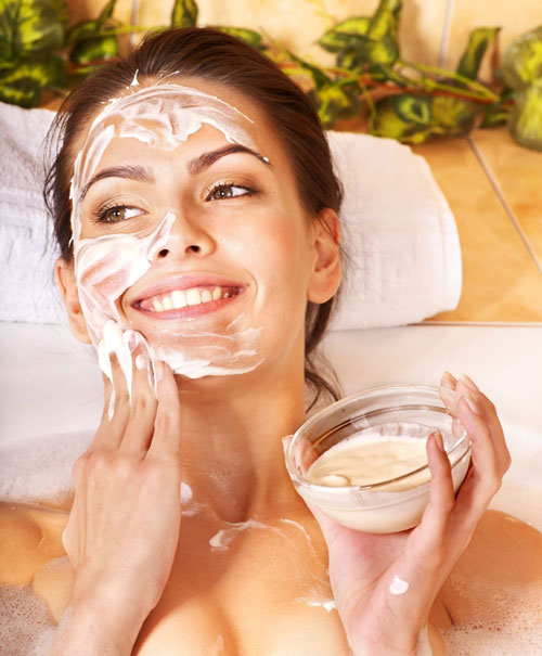 Neat Treatment to Get Beautiful face using Natural Home Remedies For Acne using Fresh Fruit