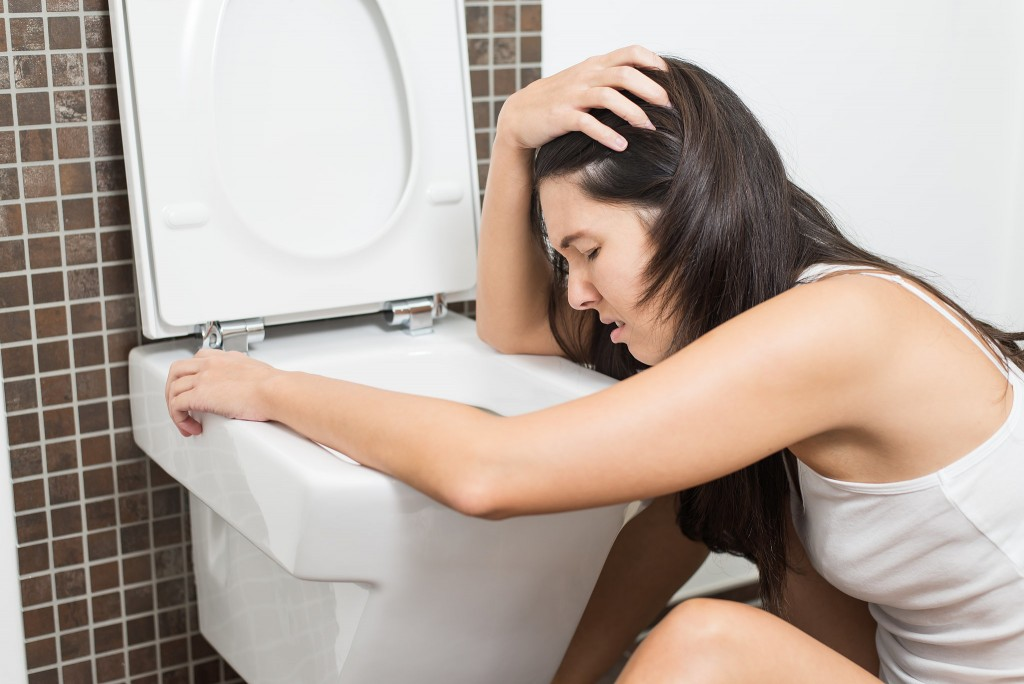 Bad Effect Of Stomach Virus For Woman Such as Vomit and Confuse