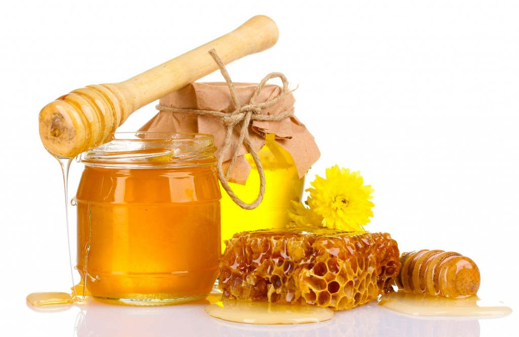 Fantastic Food as Perfect Sollution For Sore Throat Remedies By Consuming Natural Honey