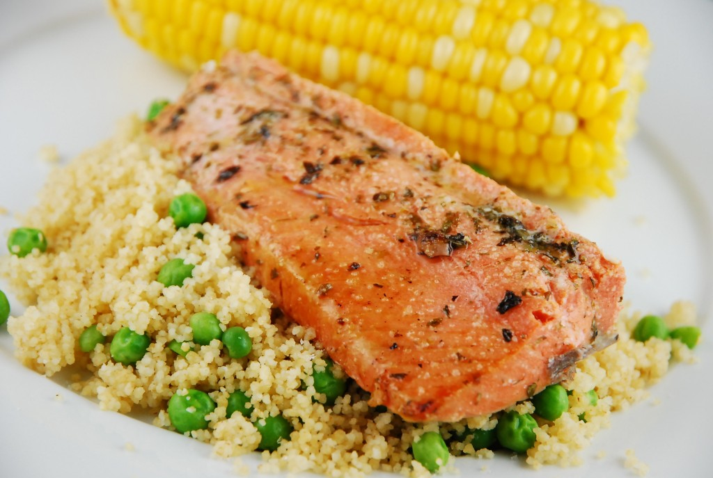Magnificent Food as Perfect Healthy Dinner Recipes of Italian Marinated Salmon and Corn
