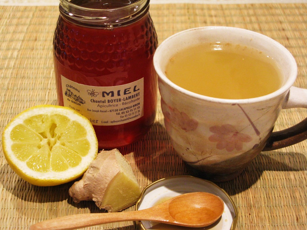 Nice Home Remedies For How To Get Rid Of Sore Throat By Mixing Lemon also Ginger and Honey