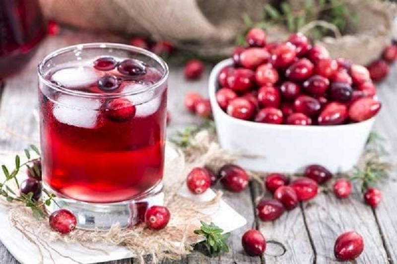 (1) Natural Ingredient in Best Home Remedies for Male Yeast Infection with Red Fruits and Ice Water